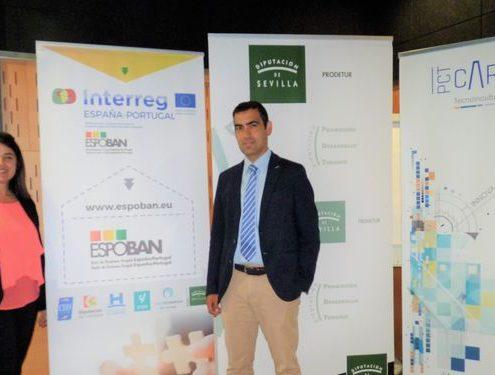 Agripina Cabello junto a Andrés Blanco, representante de CEEI Bahía de Cádiz, entidad que lidera el proyecto Espoban